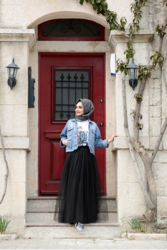 Gamze Ozkul Skirt Black