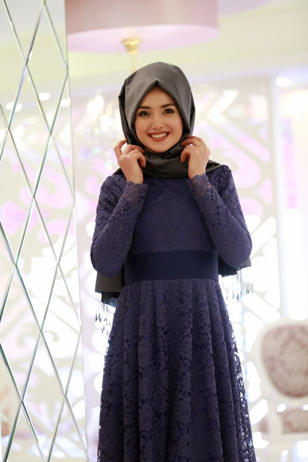 Rana Lace Dress Laci
