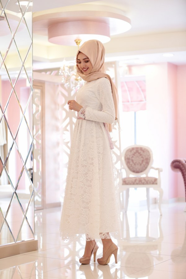 Rana Lace Dress Ecru